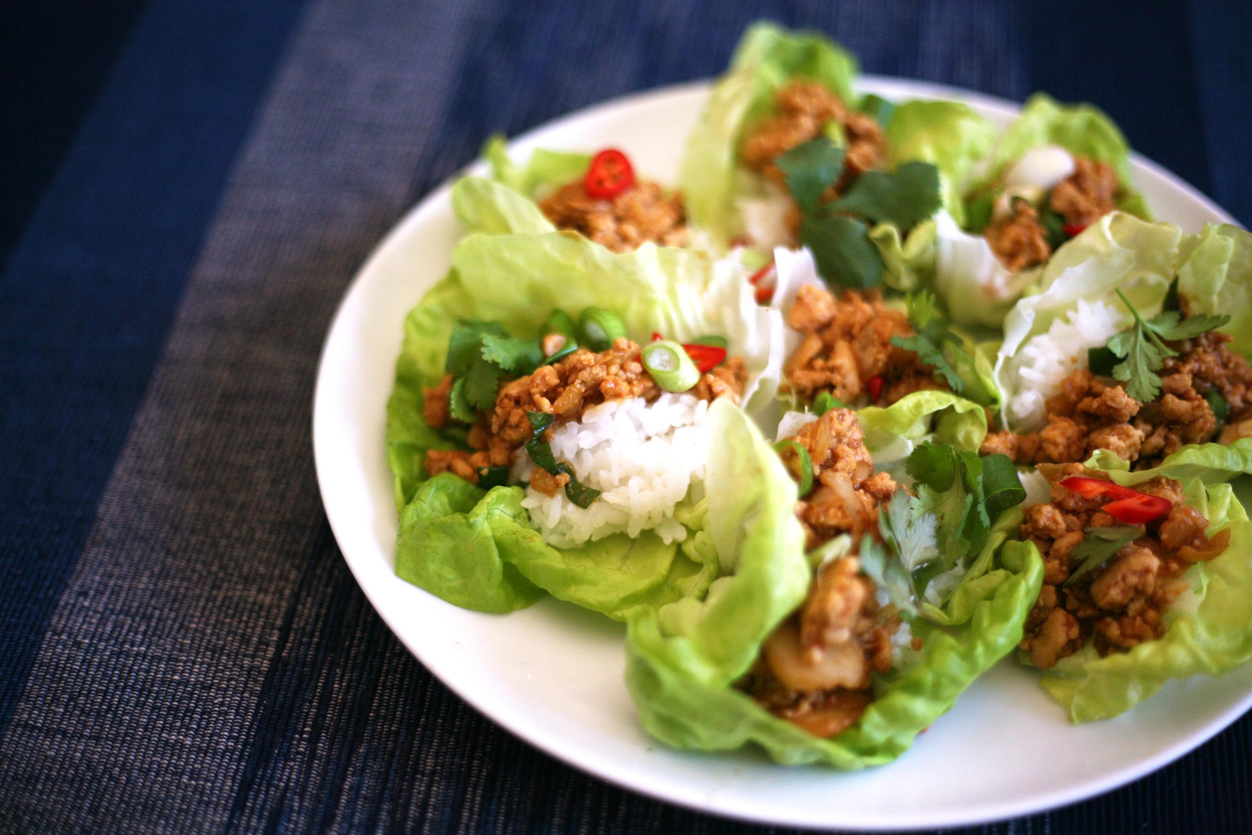 Oriental chicken lettuce cups