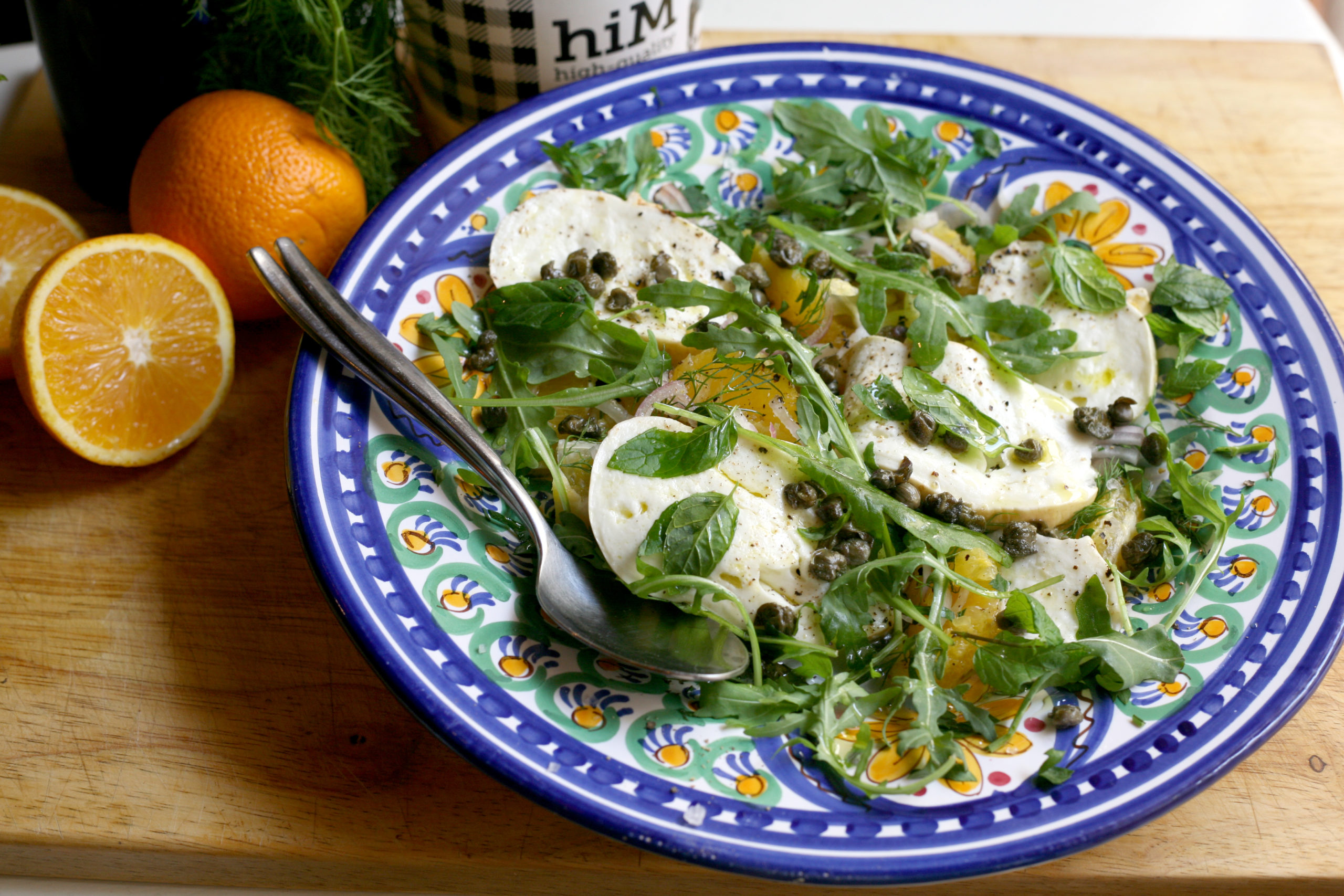 Orange and bufala salad with fried capers