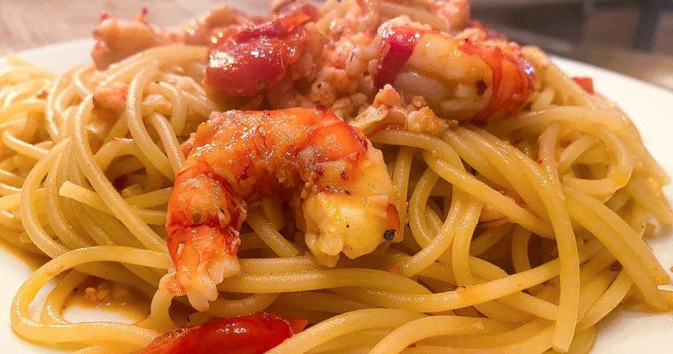 Spaghetti shrimps and chilli leaves