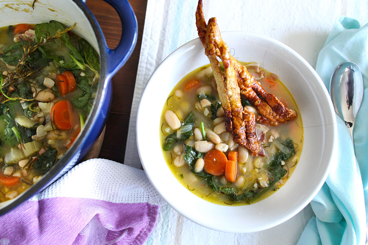White bean, spinach and bacon soup