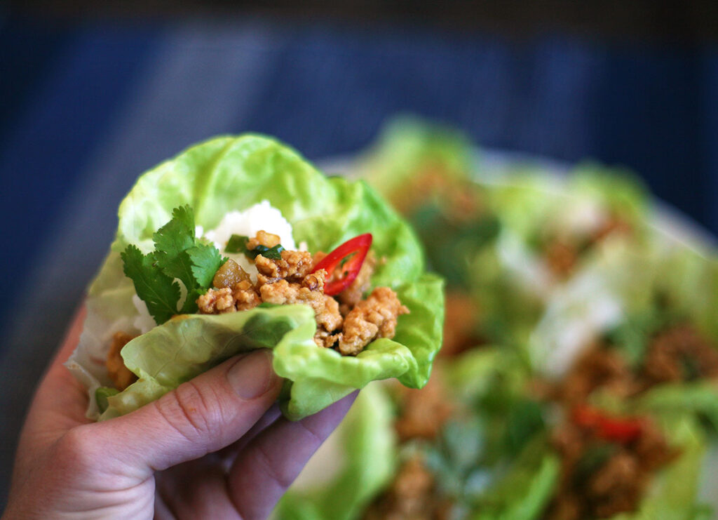 chicken and chestnut lettuce cups