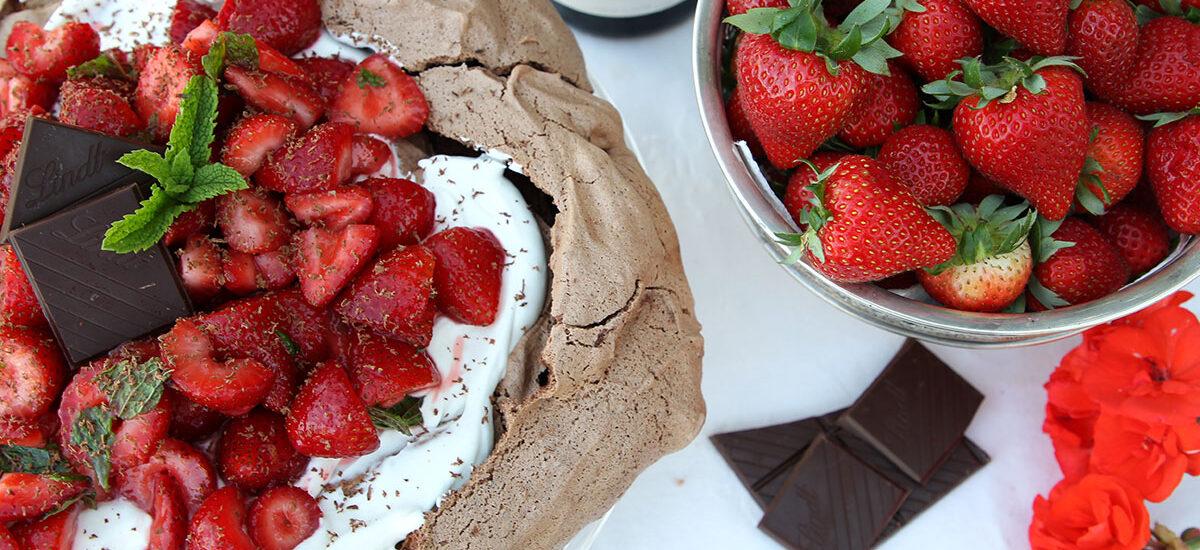 Chocolate and strawberry pavlova